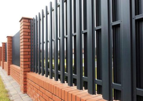 забор из евроштакетника цена в Рязани